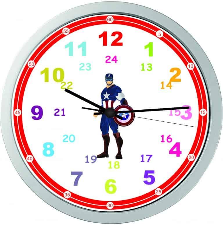 Часовник подходящ за момчета